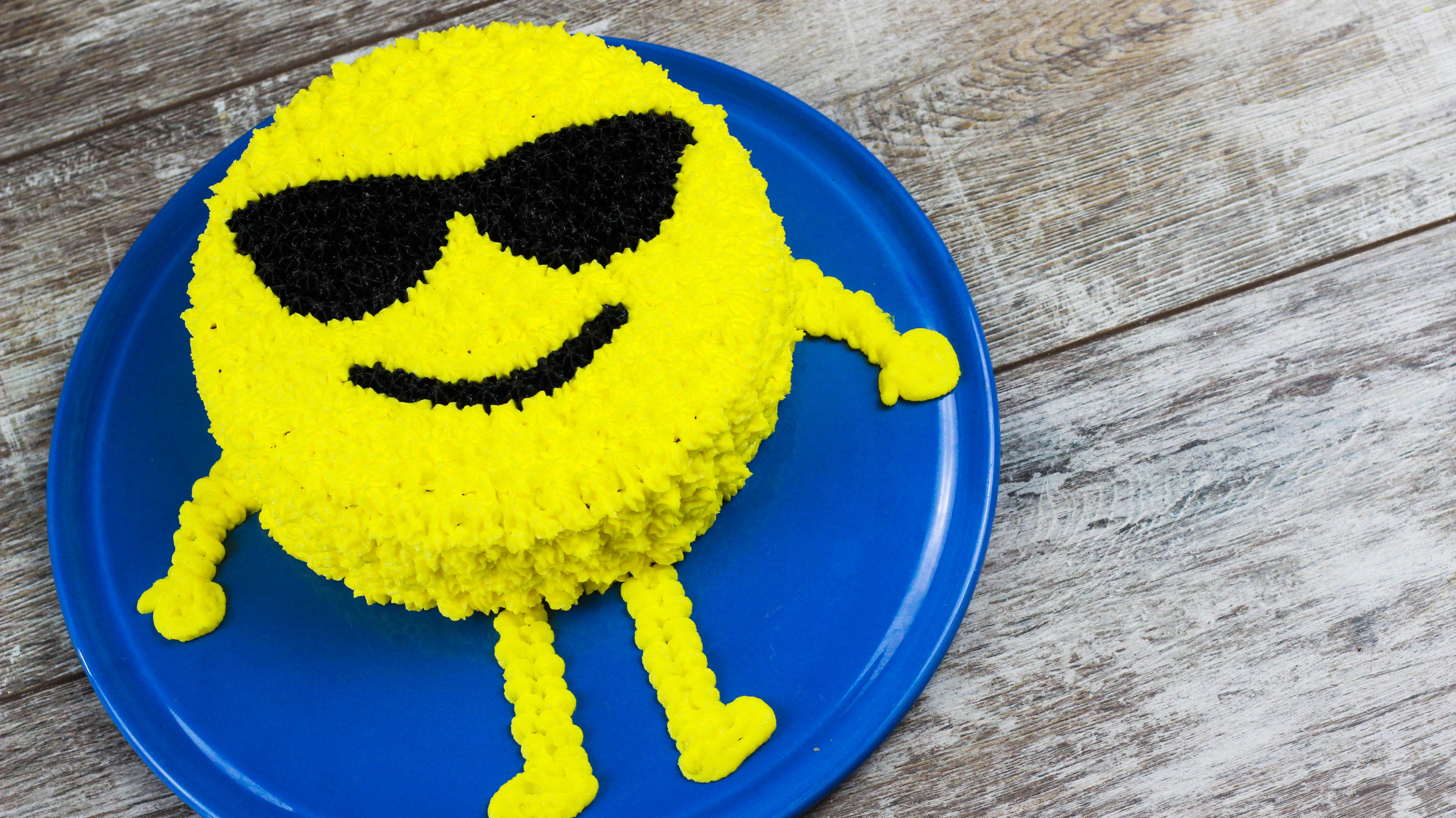 Emoji Buttercreme Torte Cook Bakery