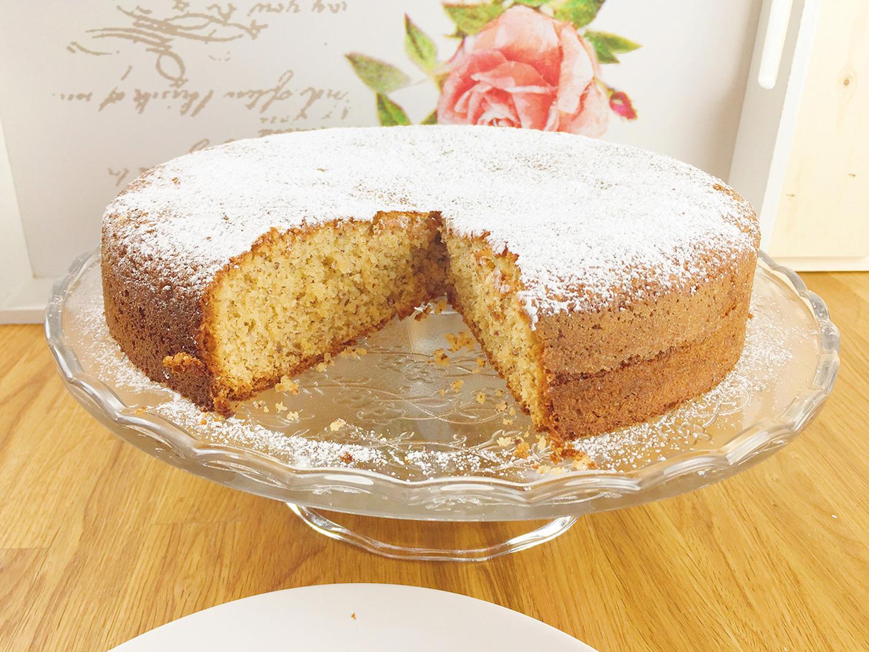 Saftiger Haselnuss Marzipan Kuchen Ruhrkuchen Haselnusskuchen
